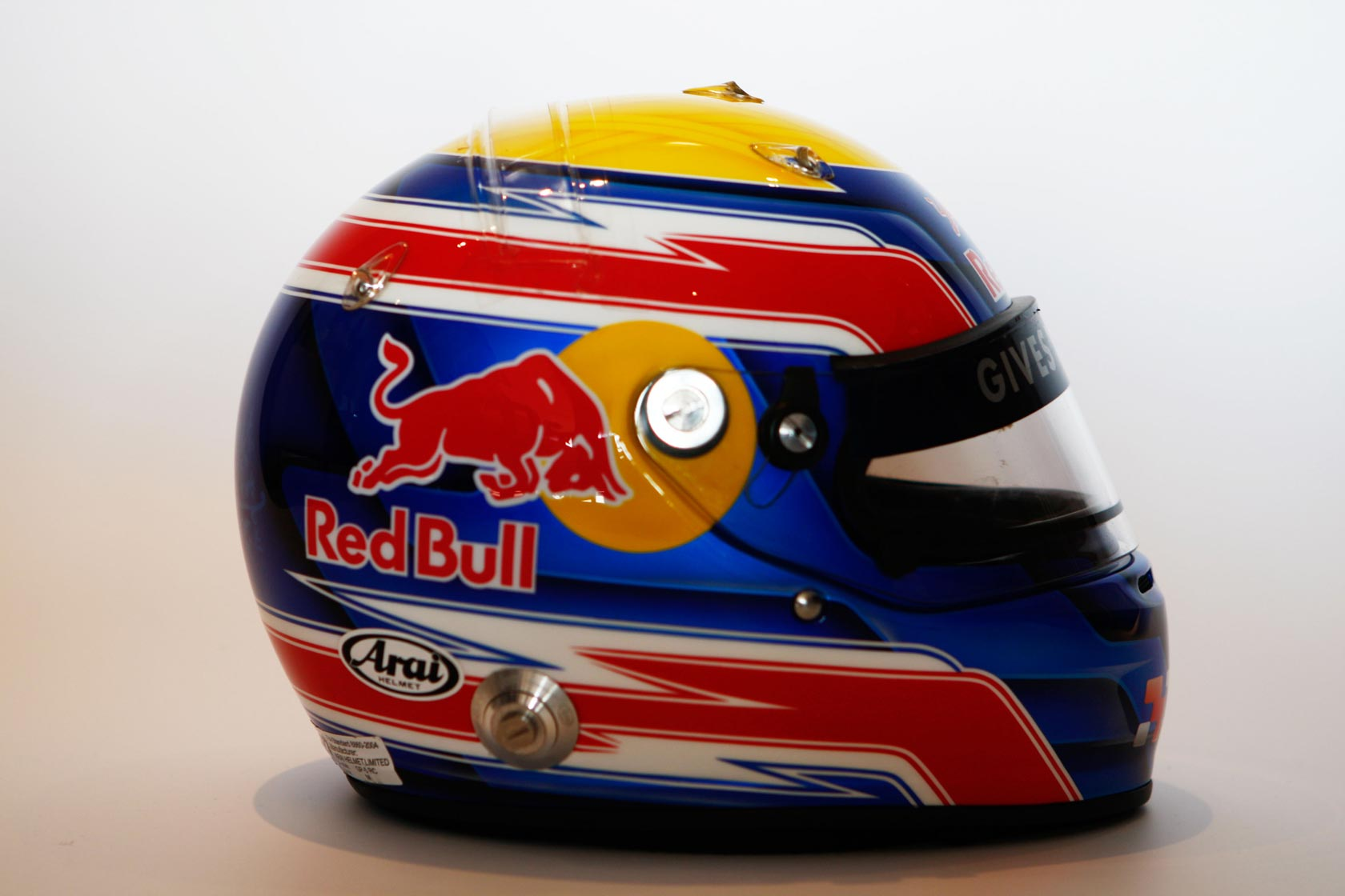 red bull kask