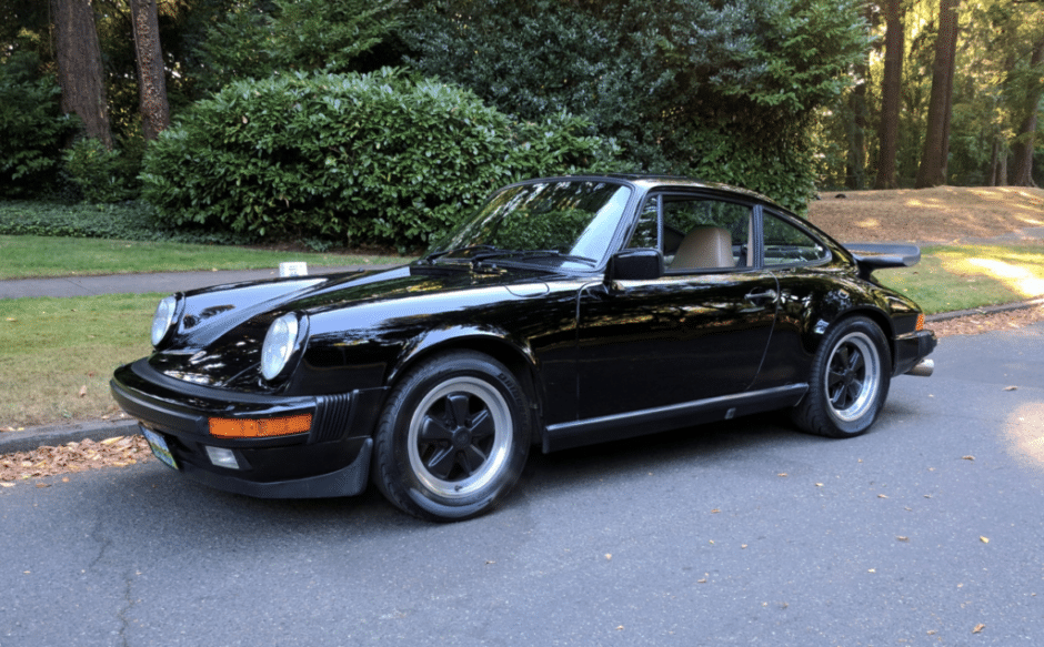 Porsche 911 carrera coupe 1984